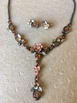 """Beautiful Flower Design """"Honey"""" Necklace and Earrings"""