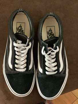 634eb6e557257a Vans in Clothing   Shoes