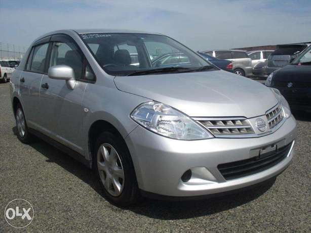 Nissan Tiida Latio Year 2010 Automatic 2WD Silver KCP Ksh 790K Nairobi West - image 1
