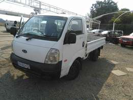 1.4 ton truck for hire/ contracts at a reasonable rates,short&long dis