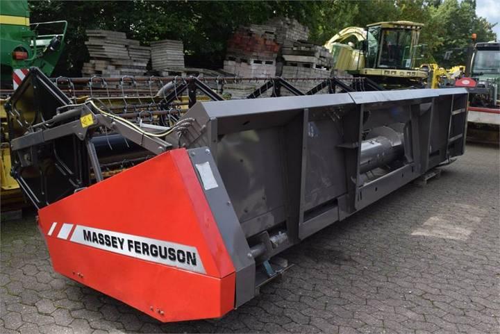 Massey Ferguson Schneidwerk - 2013