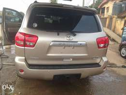 Extremely Clean Toks Toyota Sequoia 2009