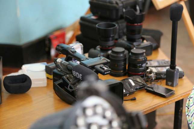 Canon 5d for hire Nairobi CBD - image 3