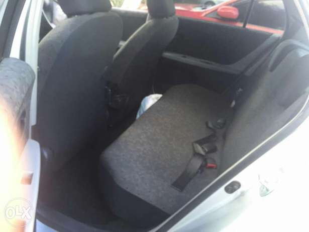 Toyota Vitz 2009 for sale Parklands - image 3