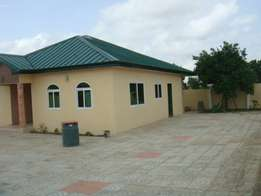 3bedroom house for sale at Old ashongman