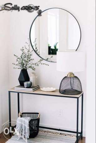 classic mirror and console for bedrooms and corridors