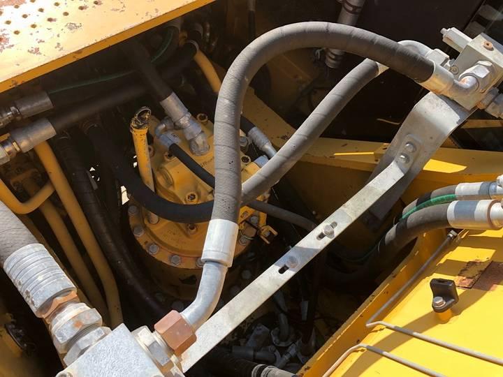 Caterpillar 325DL Hydraulic Excavator - 2008 - image 18