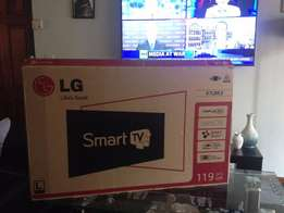 """LG 47LB63 47"""" Smart TV, Great Condition"""