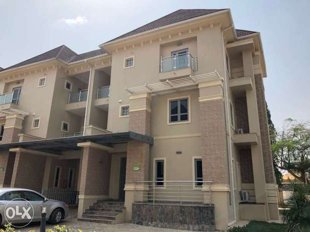 5 bedroom terrace house for rent Abuja - image 1