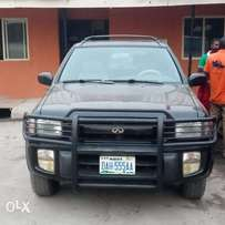 Clean Nigerian Used Infiniti QX4 2000 Model