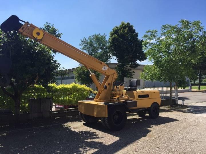 Bencini SP 70 mobile crane