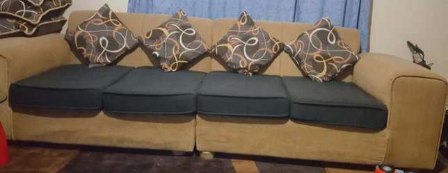 Couch for cheap sale Nairobi CBD - image 1