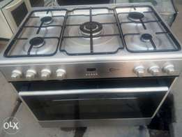 UK used five burners with big electric oven