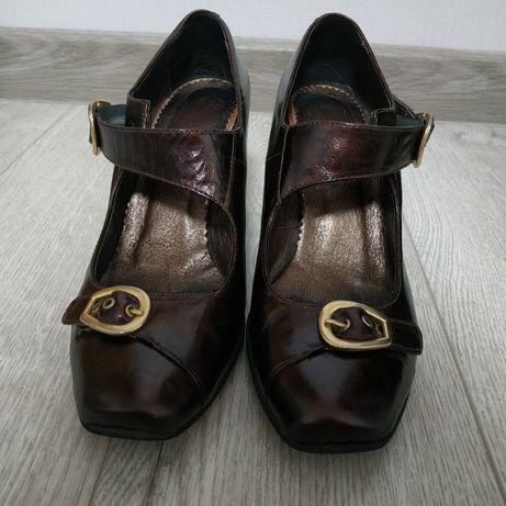Жіночі туфлі фірми Lider  400 грн. - Жіноче взуття Львів на Olx 07e0ee3c02c10