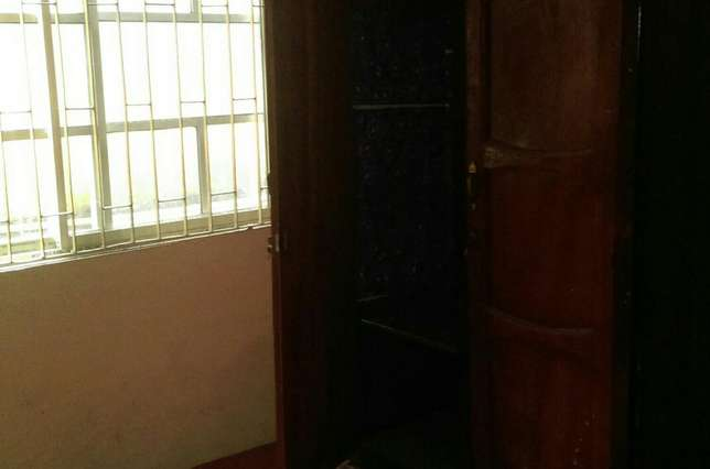 3bedroom flat in scoutcamp challenge Ibadan South West - image 7