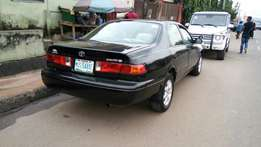 Toyota Camry 2001 model very clean buy and drive