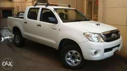 New Arrival Toyota Hilux Double Cab, 4WD, KCP, Low Genuine mileage