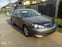 2006 Camry Sport. AC, Sunroof, Leather