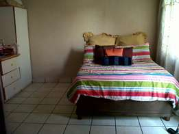 Bachelors/Studio flat to let - Boksburg North