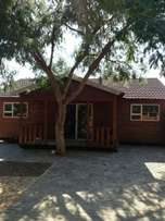 Large Log cabin in Derdepoort to Rent