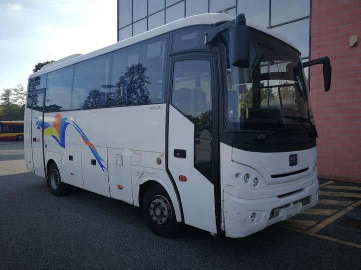 BMC 750 MIDILUX - 2011