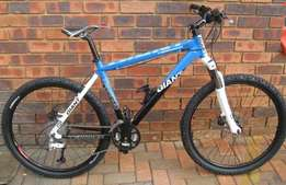 "Giant 26"" mountain bike fully serviced with Shimano DEORE full compone"