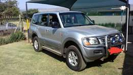 Mitsubishi Pajero 3.2did 7 seater
