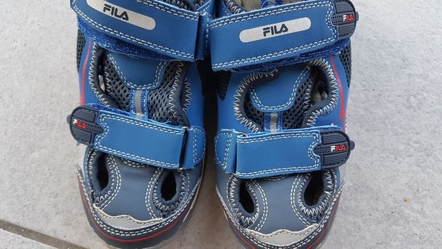 Buty sportowe sandały dla chłopca chłopięce Fila r. 35