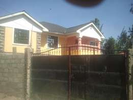3bedroom own compound Engen