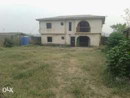 2nos of 3bedroom building with Large Expanse of Land for sale