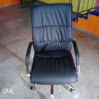 Durable Leather swivel office chair