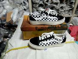 Checked skaters vans