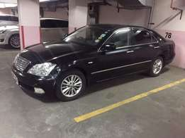 Toyota Crown for sale 1.2M