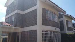 Executive 5 Bedroom all ensuite,in 1/8,with a dsqfor sale with a title