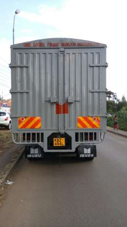 ISUZU FVZ KBZ 2014Model,very clean and in Good condition!! Parklands - image 5