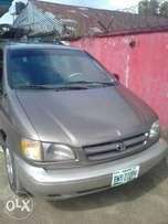 Toyota Sienna 99 at 870k