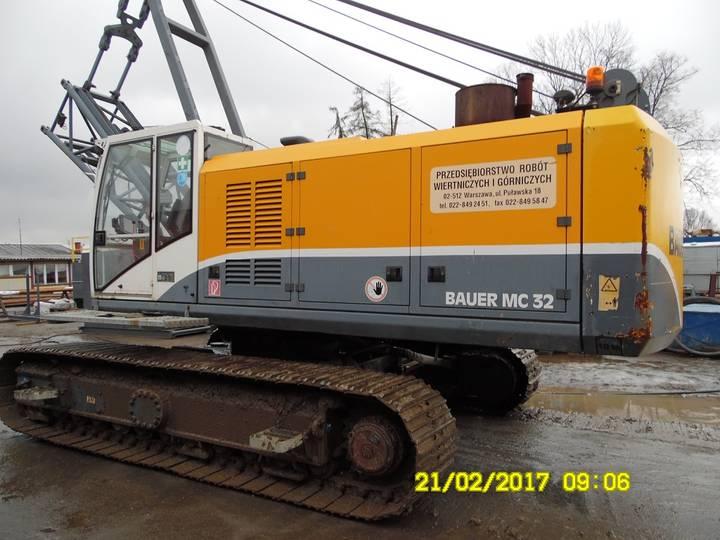 BAUER MC 32HD dragline excavator - 2007