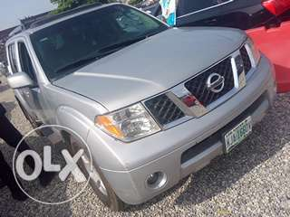 Clean registered 2007 Nissan pathfinder Lagos Mainland - image 1