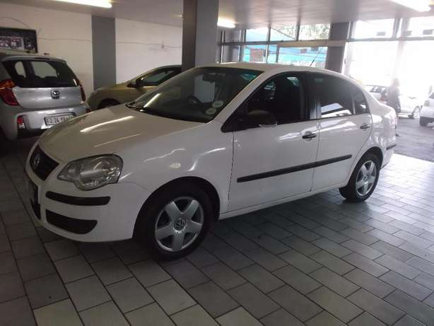 Pre Owned 2009 Polo Classic 1.6 Johannesburg - image 2