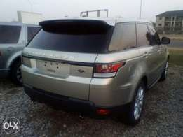 Range Rover sports 2014 with genuine duty