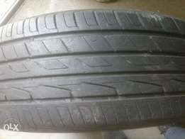 The tyre is 215/60/16