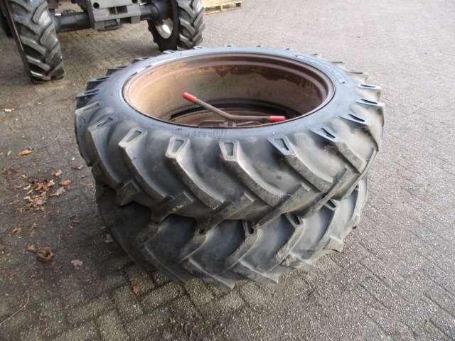 Dubbellucht wielen  13.6 R 28  molcon