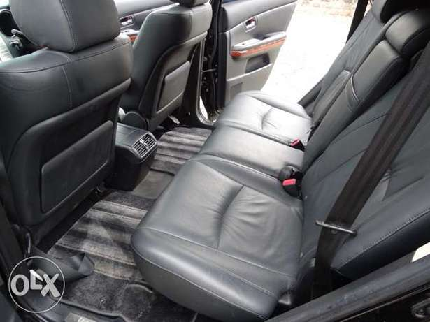 Toyota Harrier with panaromic roof 2011 model excellent condition Kilimani - image 6