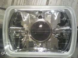 Nissan 1400 Headlights