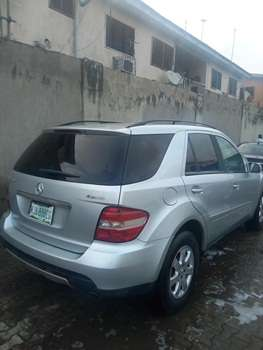 2007 Mercedes Benz Ml350 4Matic Up 4Sale Lagos Mainland - image 3