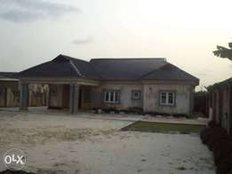 A Detached 3bedroom bungalow TO-LET In IGBOGBO