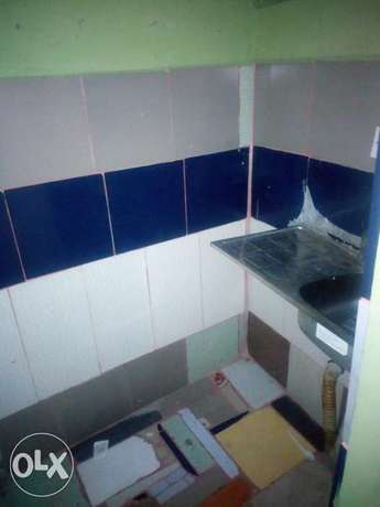 A lovely room self contained at sholuyi gbagada Moudi - image 2