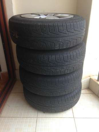 Pirelli tyres (could fit most hatchbacks - small cars) 175/65/R14 Langata - image 2