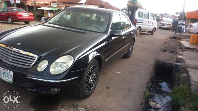 Extra clean Benz E350 at affordable Price Akure South - image 1
