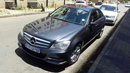 Mercedes-Benz c180 cgi 2011 model for sale